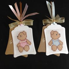 Small Cross Stitch, Cross Stitch Heart, Cross Stitch Cards, Cross Stitch Designs, Cross Stitch Patterns, Stitching On Paper, Cross Stitching, Cross Stitch Embroidery, Embroidery Cards
