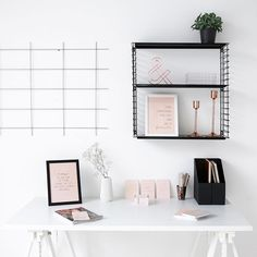 Inspiration for your work desk with our products ❤ We have good news for you: Tonight we will present a first sneek peek of our new workbook - keep an eye on our instagram account! #joandjudy #workdesk #workspace #workbook #joandjudyworkbook #calendar #planner #planning #planneraddict #plannerlove #love #postcards #postcards #notebook #notepad #poster #posters #stationery #design #designyourlife #motivation #inspiration