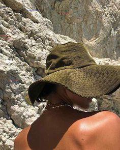 Classy Issues Inspo by Mux Jasper Summer Dream, Summer Girls, Summer Time, Spring Summer, Summer Hats, Style Summer, Summer Fun, Good Vibe, My Vibe
