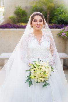 Bride Dresses, Wedding Dresses, Bridal, How To Wear, Fashion, Boyfriends, Moda, Bridal Gowns, Bridal Gowns