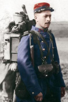 WWI. French soldier. Color by dieguito. http://images.mesdiscussions.net/pages14-18/mesimages/13677/90RIcoloriseereduite.jpg