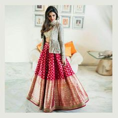 When you have Banarasi silk lehenga, you don't need too much else! And these latest Banarasi lehenga designs are going to prove just that! Yep, if you are a fan of Banarasi as much as we are, then get. Indian Fashion Dresses, Indian Gowns Dresses, Indian Bridal Fashion, Dress Indian Style, Indian Wedding Outfits, Indian Designer Outfits, Indian Outfits, Designer Ethnic Wear, Indian Wear