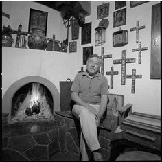 WPA painter and straw applique artist Eliseo Rodrigues in Santa Fe, by Herbert A. Lotz. Palace of the Governors Photo Archives HP.2008.25.004.