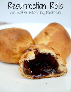 These Resurrection Rolls are a wonderful Easter tradition for your family each year. Delicious cinnamon sugar, buttery croissant rolls with a story of Jesus' resurrection for children.