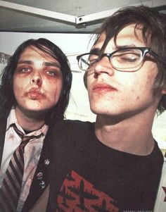 'cause i love all the poison ✧ gerard way and mikey way of my chemical romance