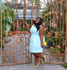 Musings of a Curvy Lady, Plus Size Fashion, Fashion Blog, Fashion Blogger, Women's Fashion, Springtime Fashion, Spring Fashion, Mint colored Dress, Lemon Clutch, Unique Vintage, #IAmUnique, ShoeDazzle, BeVIP