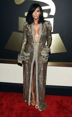 Kim Kardashian – Grammy Awards 2015 Red Carpet Fashion - Latest Beauty Tips and Style Trends Estilo Kardashian, Robert Kardashian, Kardashian Style, Kardashian Latest, Fashion Mode, New Fashion, Fashion Hair, White Fashion, Style Fashion