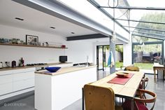 Veronica Congdon Design - interior designer in London VCDesign is liking this interesting side return extension and I love what they have done on first floor by removing bathroom and opening up the rear wing Kitchen Diner Extension, Open Plan Kitchen, Side Return Extension, Glass Extension, Extension Ideas, Steel Beams, House Extensions, Kitchen Cupboards, Kitchen Wood