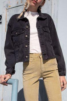 Kira Denim Jacket - Kira Denim Jacket Source by lindsayjanaee - Black Denim Jacket Outfit, Jean Jacket Outfits, Denim Purse, Jacket Jeans, Men's Denim, Denim Skirts, Denim Overalls, Hipster Outfits, Stylish Outfits