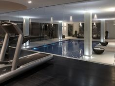 Fitness gym interior indoor pools 43 ideas for 2019 Gym Interior, Interior Windows, Home Interior Design, Interior Garden, Indoor Swimming Pools, Swimming Pool Designs, Lap Swimming, Lap Pools, Backyard Pools
