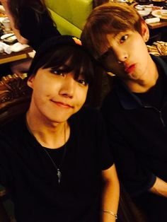 Jhope and V Twitter update