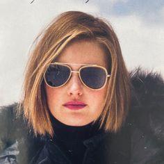 Monochrome Interior, Outside World, Sit Back, Loft Style, Hairdresser, In The Heights, Hair Inspiration, Sunglasses Women, Barber