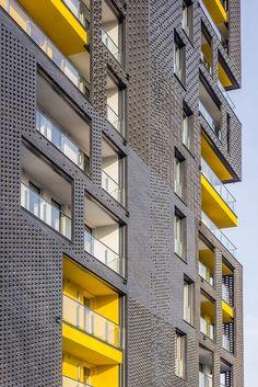 Since 1998 the Web Atlas of Contemporary Architecture Brick Design, Facade Design, Exterior Design, Arch Building, Building Facade, Brick Projects, Architecture Résidentielle, Best Build, Brick Facade