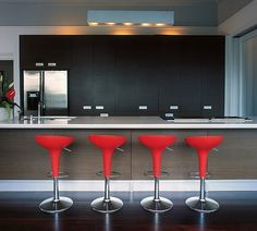 Delicieux 10 Trendy Bar And Counter Stools To Complete Your Modern Kitchen