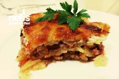 Enfes Patates Lazanya Bacon, Beef, Ethnic Recipes, 1, Food, Tater Tots, Ground Beef, Tomato Sauce, Salads