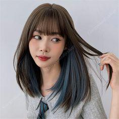 Hair Color Streaks, Hair Dye Colors, Blue Hair Highlights, Hair Color Blue, Colored Highlights, Hair Dyed Underneath, Highlights Underneath Hair, Medium Hair Styles, Curly Hair Styles