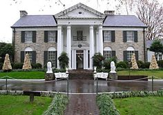 Graceland-Memphis TN Beautiful grounds but be careful if you go (the area on the decline).