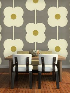 Giant Abacus Flower Wallpaper - By Orla Kiely - 110409 Feature Wallpaper, Grey Wallpaper, Flower Wallpaper, Bedroom Wallpaper, Wallpaper Ideas, Orla Kiely, Vintage Style Wallpaper, Feature Wall Bedroom, Wall Murals