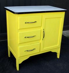 Another possible color for my Vintage Enamel-Top Kitchen Work Cabinet.