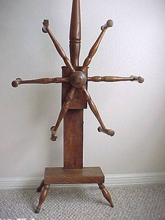 Antiques & Collectibles: Antique yarn winder is useful and decorative