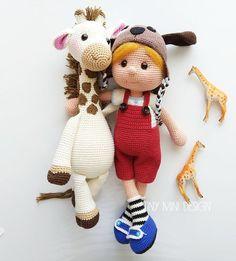 Crochet Amigurumi Rabbit Design TonTon Doll and Tilda Bunny Free English Pattern - Tiny Mini Design Bunny Crochet, Crochet Gratis, Crochet Animals, Crochet Baby, Free Crochet, Amigurumi Doll Pattern, Amigurumi Toys, Amigurumi Tutorial, Giraffe Toy