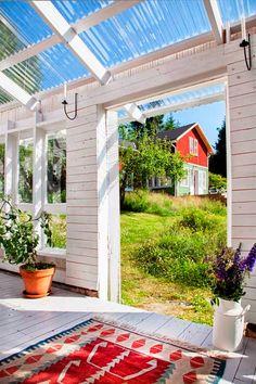 Pergola Bois Plantes Grimpantes - How To Build A Pergola Attached To House Patio - Diy Pergola, Gazebo, White Pergola, Pergola Swing, Cheap Pergola, Pergola Plans, Pergola Kits, Outdoor Rooms, Outdoor Gardens