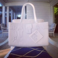 Model M. Diamond is stylish, resilient, and light-weight. #greatbag #White #GreatBagCo #Diamond