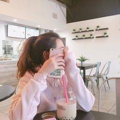 Hi Hello! [end] - Pertemuan Selanjutnya Mode Ulzzang, Ulzzang Korean Girl, Cute Korean Girl, Ulzzang Couple, Asian Girl, Ulzzang Style, Korean Aesthetic, Aesthetic Girl, Uzzlang Girl