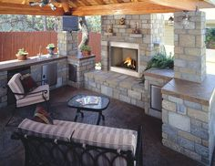 fireplace outdoors   Outdoor fireplaces