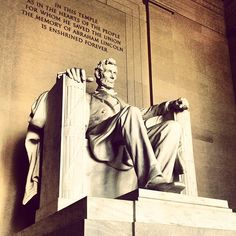 Lincoln Memorial in Washington DC, D. I took hundreds of digital pictures of this monument. New York Washington, Washington Dc Travel, Best Places To Camp, Places To Travel, Lincoln Memorial, Us History, Best Vacations, Road Trip, Elementary Teaching