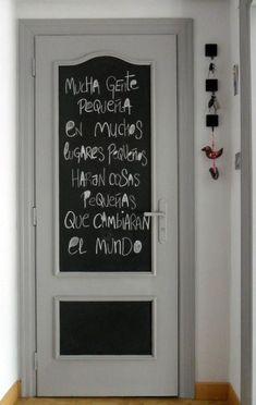 Chalkboard on the door Glam Room, Black Doors, Room Paint, Classroom Decor, My Room, Chalkboard, Decoration, Bedroom Decor, Bedroom Ideas