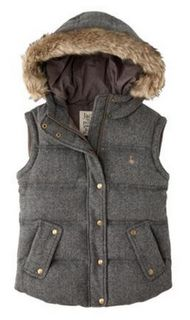 Haycombe gilet- please father Christmas bring me a gilet so I look cool (ha! Basic Outfits, Preppy Outfits, Fashion Outfits, Indie Fashion, Cute Fashion, Look Cool, My Wardrobe, Winter Fashion, Jack Wills