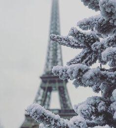 #Lancome #ShareYourLove #EiffelTower #Paris