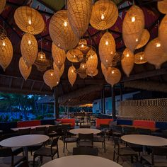 Renaissance Aruba's Papagayo Restaurant by Dashdesign on Behance
