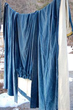 vintage velvet from enhabiten