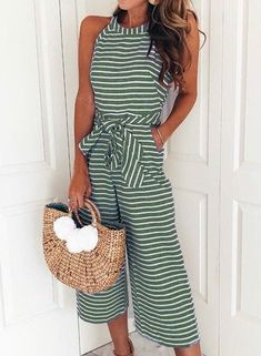 Hot sale!Up your style game this season in a jumpsuit.Find a wide range of women's jumpsuit and romper style.
