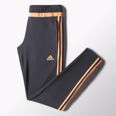 Warm up without getting too hot in these women's soccer pants. Made with breathable climacool® ventilation, they feature ankle zips and a women's-specific fit. Adidas Sweatpants, Sweatpants Outfit, Adidas Outfit, Adidas Shirt, Adidas Pants, Joggers, Adidas Soccer Shoes, Soccer Pants, Sport Pants