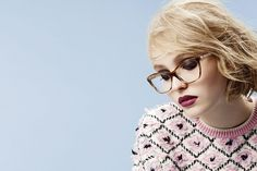 Lily-Rose Depp in Chanel Pearl Eyewear campaign-pictures by Karl Lagerfeld Lily Rose Melody Depp, Willow Smith, Jaden Smith, Karl Lagerfeld, Lily Rose Depp Chanel, Couture Chanel, Diy Accessoires, Chanel Pearls, Vanessa Paradis