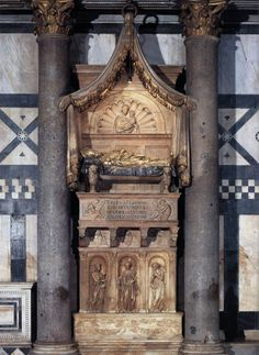 Donatello, c.1386-1466, Italian, Funeral Monument to the Anti-pope John XXIII, 1422-28.  Gilded pietra serena, 713 x 200 x 213 cm.   Baptistry, Florence.  Early Renaissance.