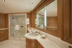 Miss Lisa Yacht Owner Bathroom - Photo credit to Neil Rabinowitz