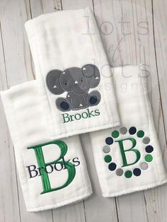 Set of 3 Monogrammed Personalized Embroidered Burp Cloths for boy, navy grey green combo – Sewing Projects Baby Burp Cloths, Burp Cloth Set, Embroidery Monogram, Embroidery Ideas, Baby Embroidery, Custom Embroidery, Burp Rags, Embroidered Gifts, Machine Embroidery Projects