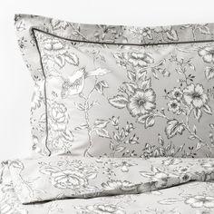 PRAKTBRÄCKA Quilt cover and 2 pillowcases - light grey, white - IKEA Ikea Duvet Cover, White Duvet Covers, King Duvet, Queen Duvet, Bedroom Black, Black Bedrooms, Master Bedroom, Floral Bedding, Bed Linen Sets