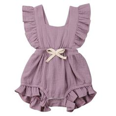 Ruffled Backless Bow Romper Baby Club – online baby clothes stores where you can find fashionable baby clothes. There is a kid and baby style here. Baby Girl Romper, Baby Dress, Baby Ruffle Romper, Baby Girl Closet, Baby Girl Bows, Dress Girl, Baby Girl Fashion, Kids Fashion, Fashion Clothes