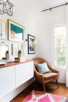 Wanting her space to feel more cohesive and finished, Beth enlisted the help of Homepolish to bring her space up to speed. With her designer Talia, they chose a few new key pieces, painted and added lots of accessories. Home Decor Items, Diy Home Decor, Contemporary Home Decor, Creative Home, Creative Ideas, Apartment Living, Apartment Design, Interiores Design, Home And Living