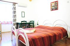 Stanza ciliegia, double room B&B Al Ferdinandeo Trieste