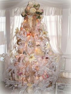 xmas Card inspiration ....Soft candy colours shot with gold, fab xx