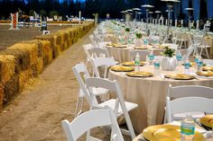 Dining room in a horse arena? Why not!