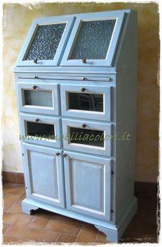vendo-libreria-legno-bianco-mobile-bagno-in-midollino