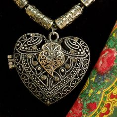 Portuguese Viana heart Locket necklace filigree Folk