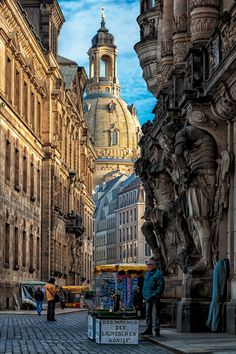 The photograph shows a spot of the old town of Dresden in Germany. Old town of Dresden Old Town Kissimmee, Places To Travel, Places To See, Stockholm Old Town, Europe Centrale, Old Town San Diego, San Diego Travel, Old Town Alexandria, Dresden Germany